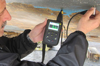 Multi-measuring mode ultrasonic thickness gauge, ideal for most hand-held applications, with sequential data logging and a large A-scan display
